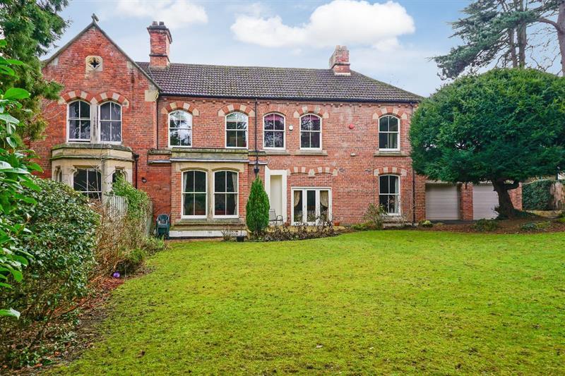 2114?width=800&height=496&cropToFill=True&at=636852143370000000 - Estate Agents Darlington & County Durham